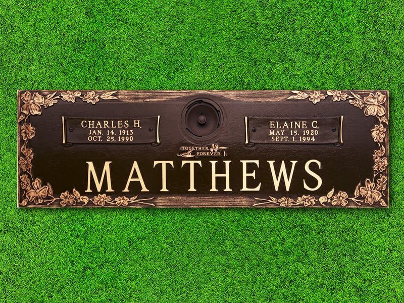 Crowncrest by Matthews Memorials